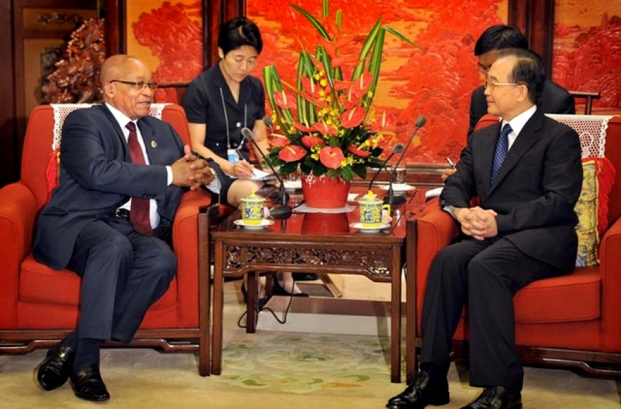 President Jacob Zuma holds bilateral talks with Chinese Premier Wen Jiabao at his residence Zhongnanhi in China