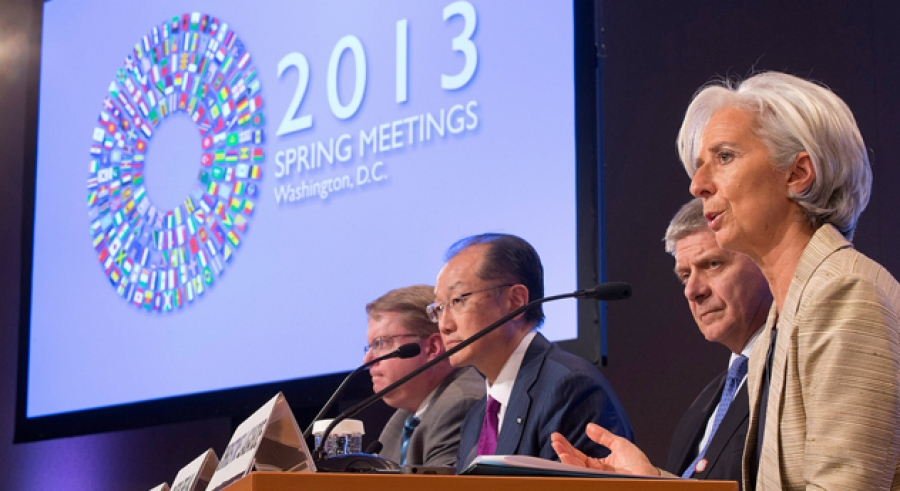 MF Managing Director Christine Lagarde (R) speaking at the the IMF/World Bank Spring Meetings in April 20, 2013.