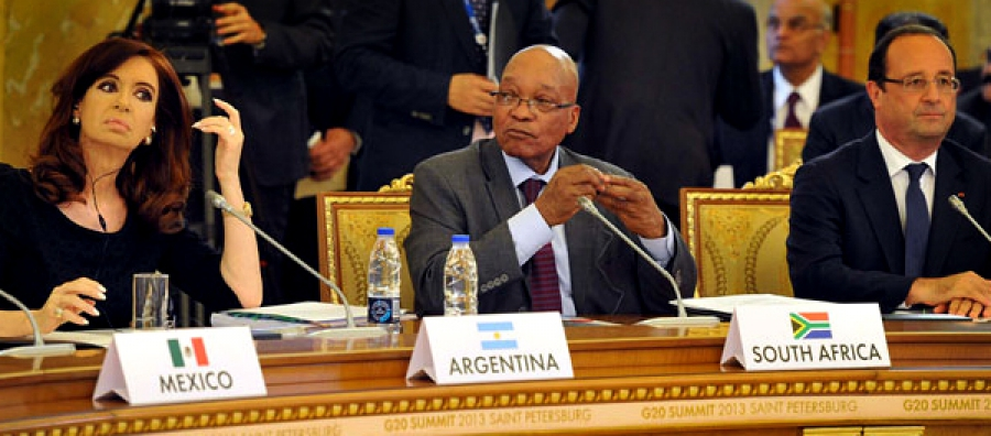 President Jacob Zuma, President of Argentina Cristina Fernandes de Kichner and President of Mexico Enrique Nieto at the 2013 G-20 Leaders Summit.